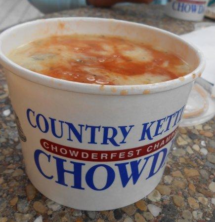 Country Kettle Chowda: Rhode Island Chowder