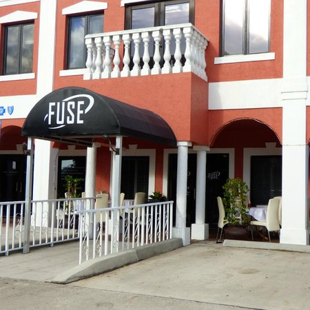 Fuse Global Cuisine : The outside of the restaurant - it's a small strip of offices and stores