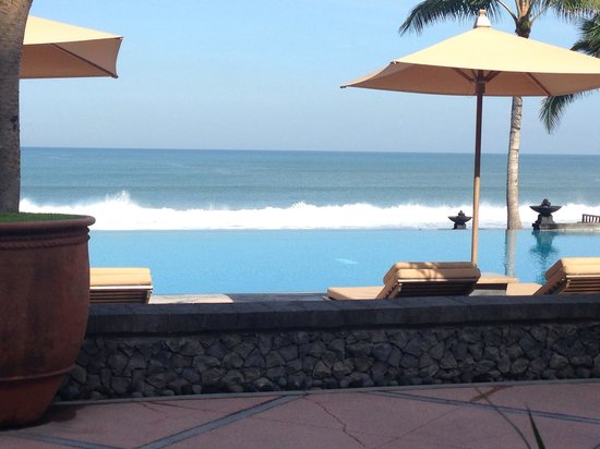 The Legian Bali : Breakfast view