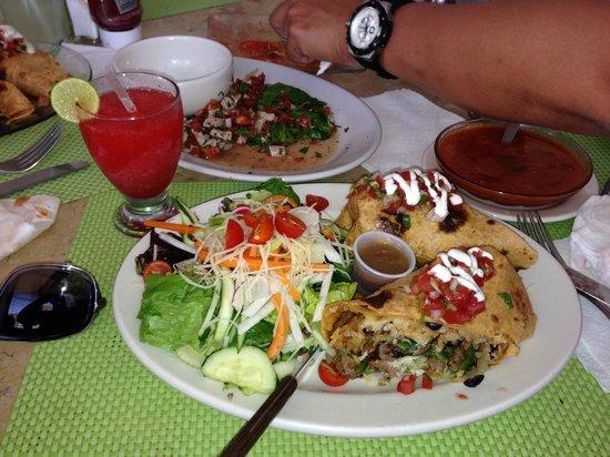 Cynthia Fresh! Restaurant and Organic Market : Carne Burrito