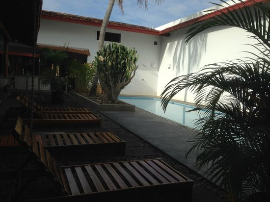 Los Patios Hotel: Pool