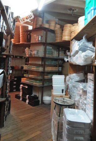 E. Dehillerin: Interior da loja