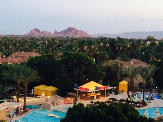 The Phoenician, Scottsdale : Terrace View