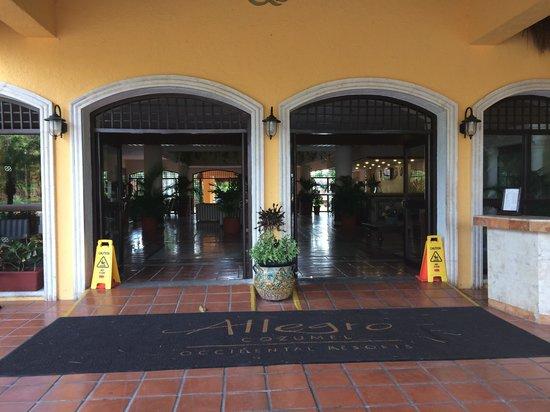 Allegro Cozumel: Main Entrance