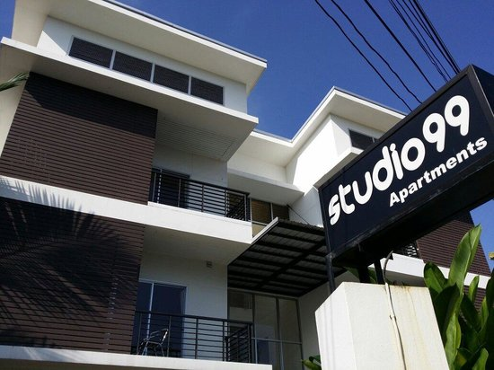 Studio 99 Serviced Apartments : Front view of Studio 99