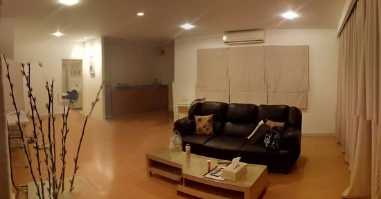 Studio 99 Serviced Apartments: Hall view of room No.4