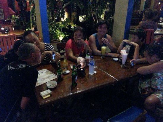 TJ's Mexican Bar & Restaurant: Dining