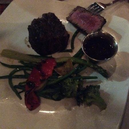 Marigold Cafe & Bakery: Filet Mignon