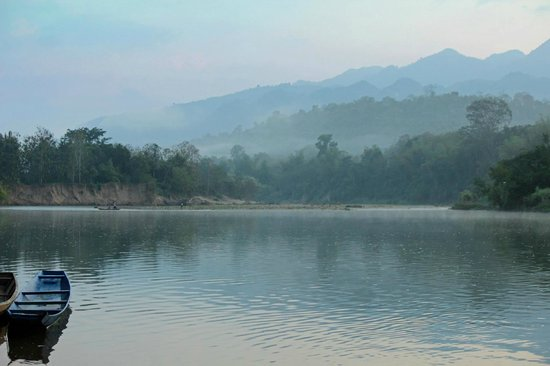Lao Spirit Resort: Nam Khan River from the banks of Laos Spirit Lodge
