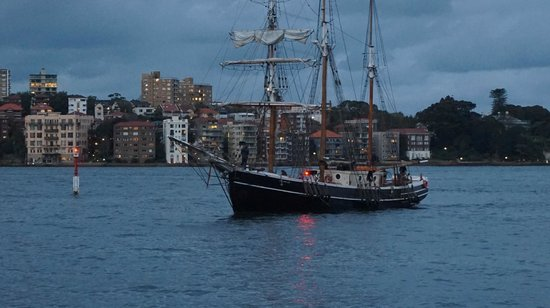 Sydney Harbour Tall Ships : The actual tall ship