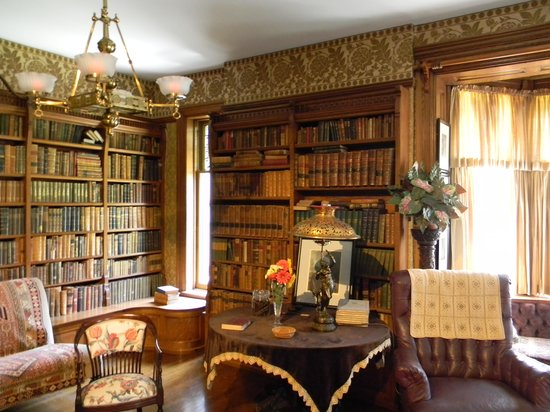 Theodore Roosevelt Inaugural National Historic Site: Wilcox Mansion's library 1