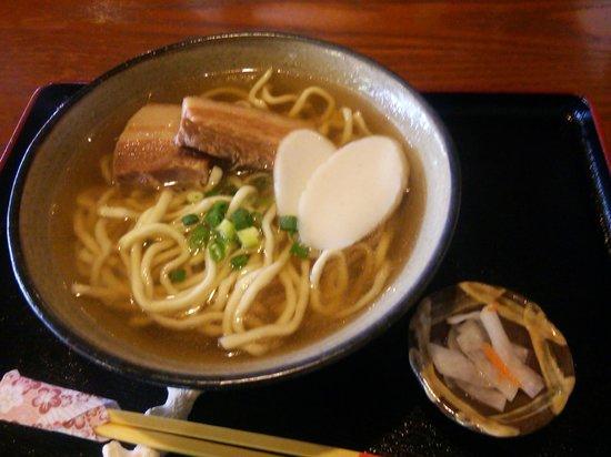 Makabe China: ソーキそば