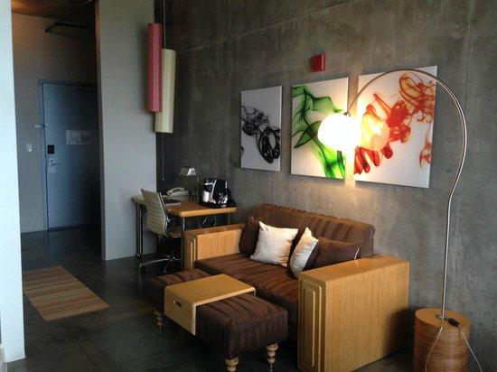 NYLO Plano at Legacy : Sitting Area