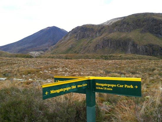 Parque nacional de Tongariro, Nueva Zelanda: First kilometre.