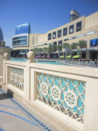 The Dubai Mall : ドバイ・モール