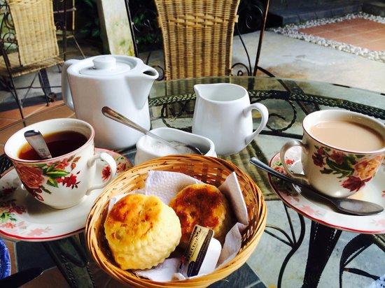 Jim Thompson's Tea Room at Bala's : English scones & tea set