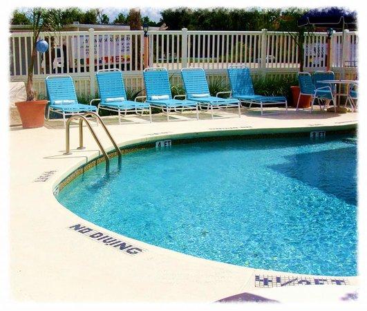 Sevilla Inn: Pool