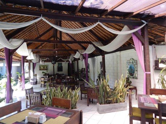 Puri Maharani Boutique Hotel & Spa: restaurant hôtel