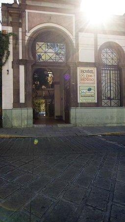 Hostel Don Nino: Esta es la fachada, para que lo ubiquen mejor.