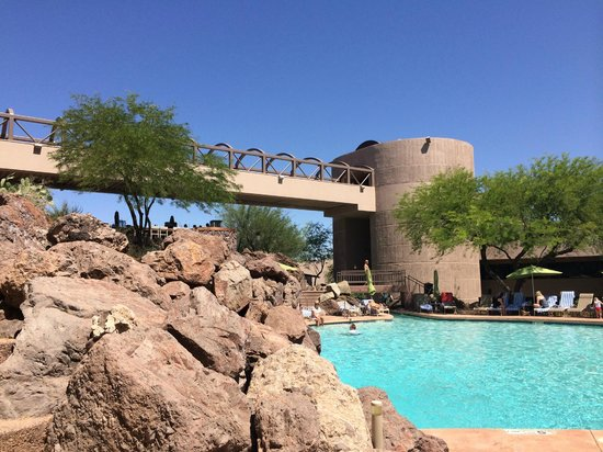 Phoenix Marriott Tempe at The Buttes: The sun is out