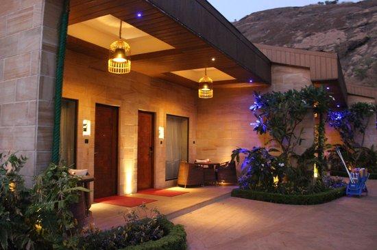 Della Adventure Resorts: luxury rooms
