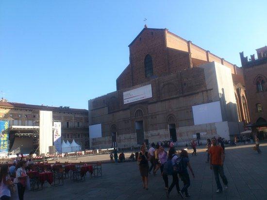 Piazza Maggiore : これぞイタリア