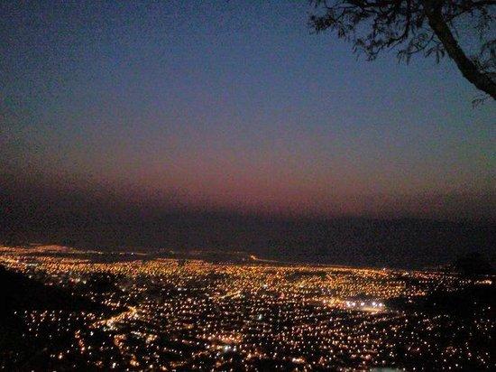 Virgen de los Tres Cerritos: La ciudad vista desde el cerro¡¡