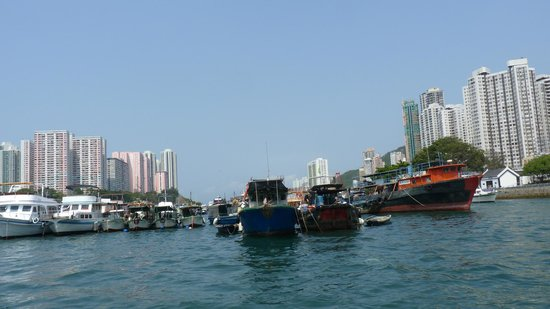 Metropark Hotel Kowloon: Aberdeen Fishing village Hong Kong