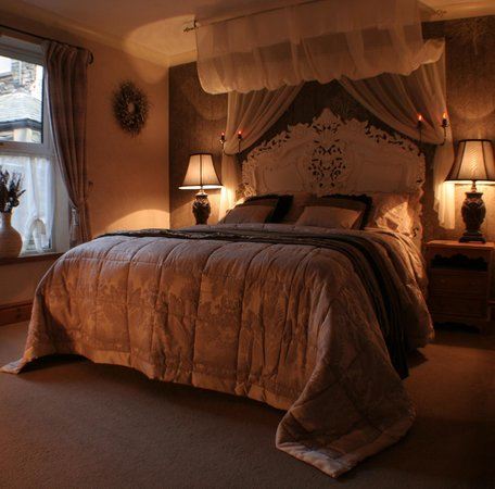 The Cottage: en-suite room