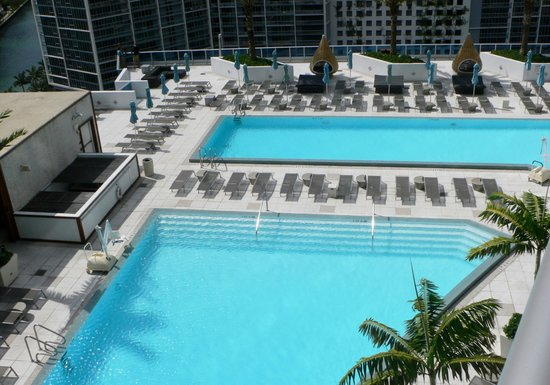 EPIC Hotel - a Kimpton Hotel: View of Pools