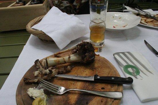 Forsterbräu Meran: Die kümmerlichen Reste einer umfangreichen Mahlzeit