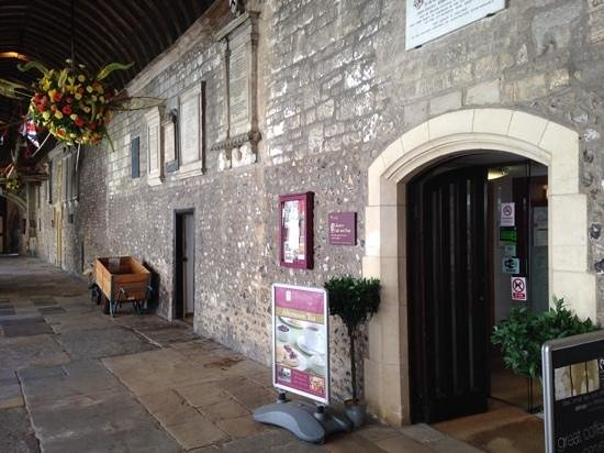 Cloisters Cafe: Entrance And Flower Festival
