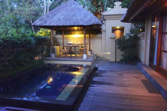 Komaneka at Monkey Forest: private plunge pool