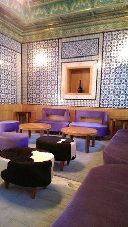 The Orangers Beach Resort & Bungalows: Reception cosy corners