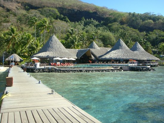 Sofitel Bora Bora Marara Beach Resort : when you step of the boat for the first time
