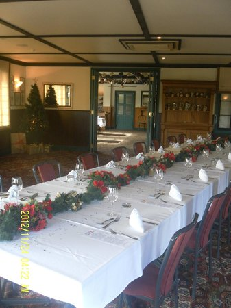 The Salty Dog Pub: Christmas Function