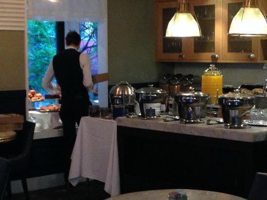 The Roger : buffet petit déjeuner