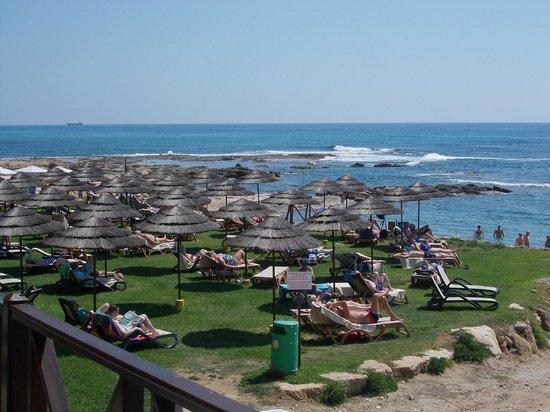 Atlantica Golden Beach Hotel : Strand