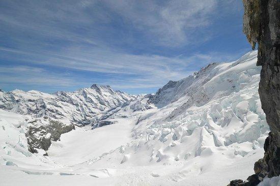 Jungfraujoch: смотровая во время остановки