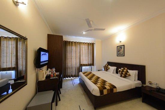 Hotel Royal Sapphire: Luxury Single