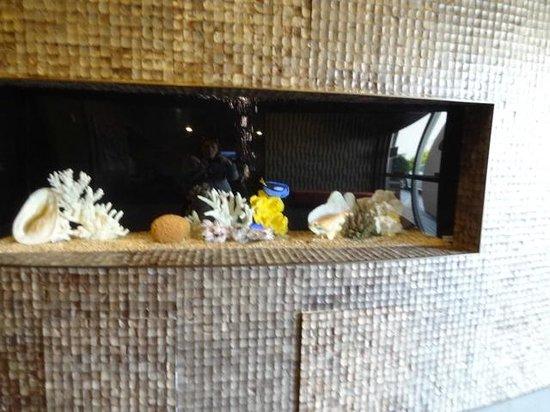 La Quinta Inn & Suites Seattle Downtown : Salt water aquarium