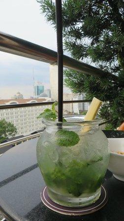 Caravelle Saigon : Saigon Saigon Bar: Level 9 - best mojitos in town