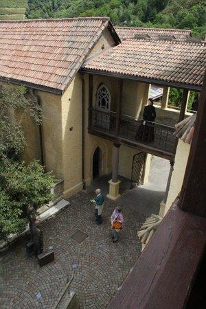 Touriseum: Blick in den Innenhof