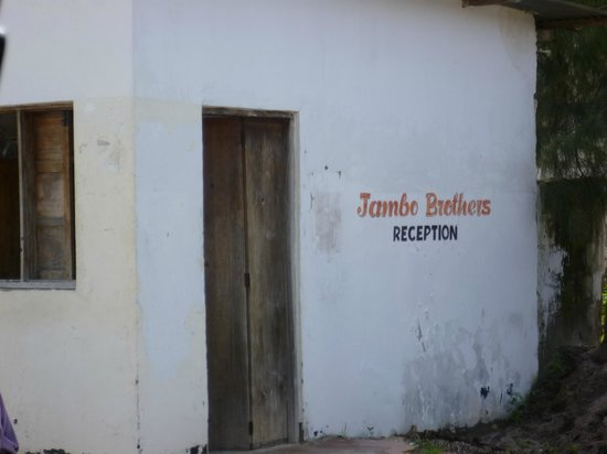 Jambo Brothers Bungalows: Receptie