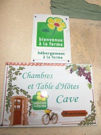 Domaine De Grand Homme: Label