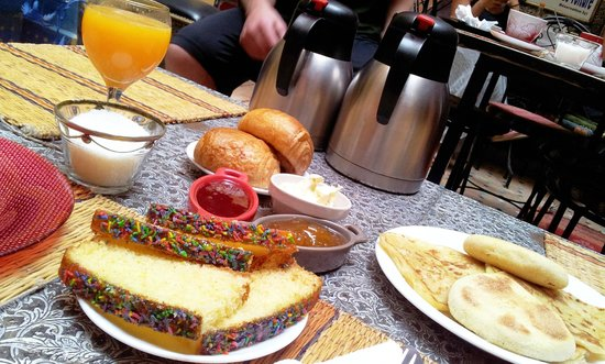 Riad Layla Rouge : breakfast from 7am