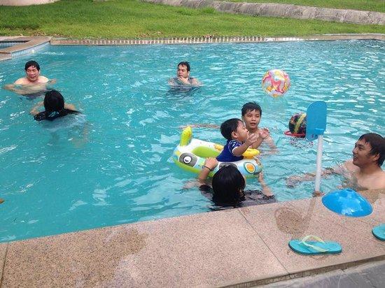 Fontana Leisure Parks & Casino: fun at the pool