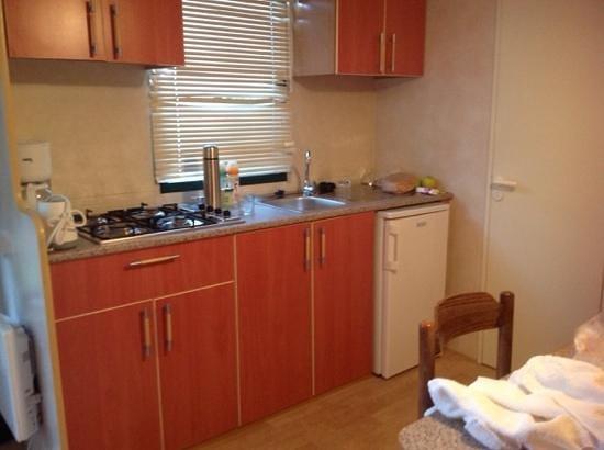 Camping Oliva: kitchen