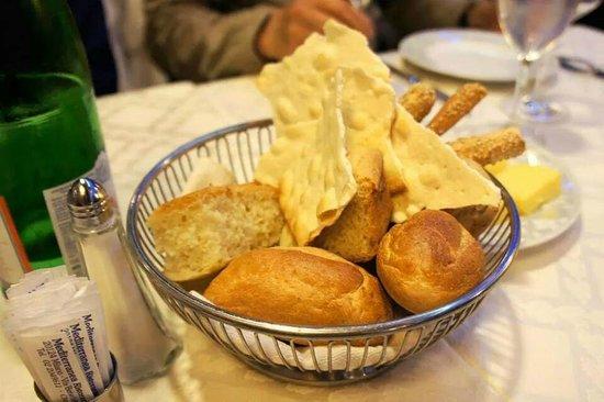 Ristorante Mediterranea: bread
