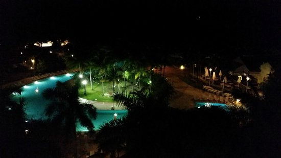 Grand Lucayan, Bahamas: Room View at Night